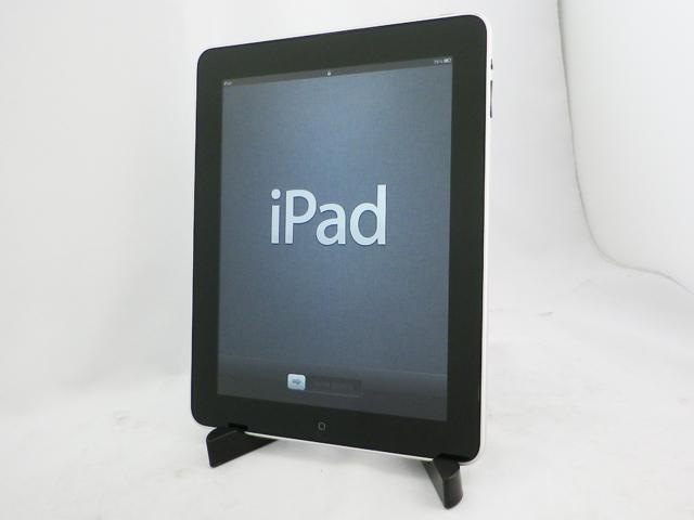 �y��ꐢ��/�u���b�N�z Apple iPad Wi-Fi 16GB